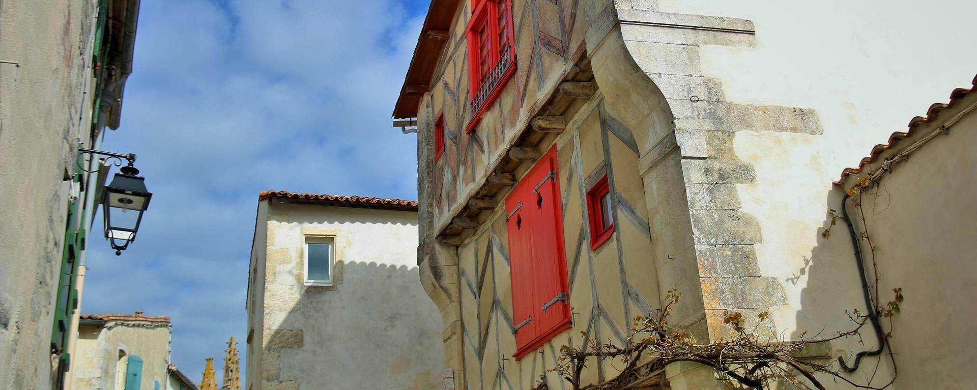 Architecture de Saint-Martin-de-Ré par Lesley Williamson