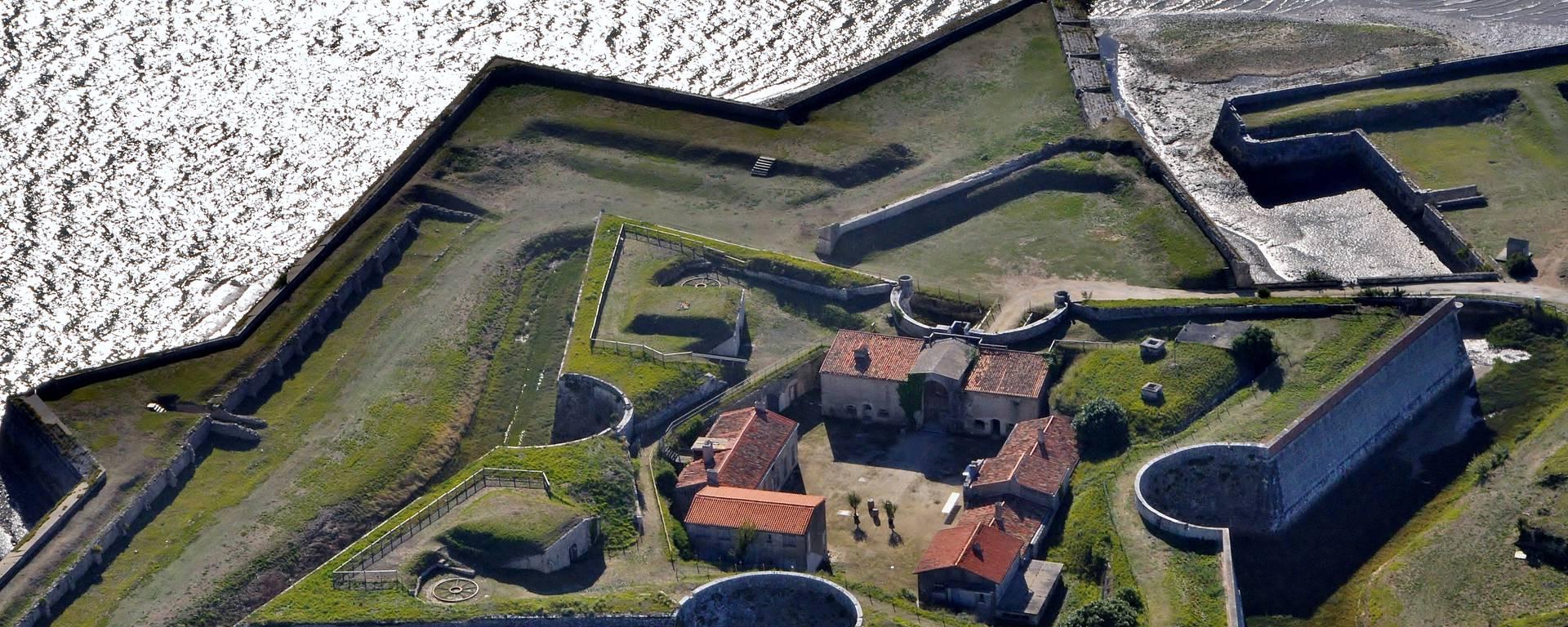 Aerial view Fort la Prée©Bernard Collin