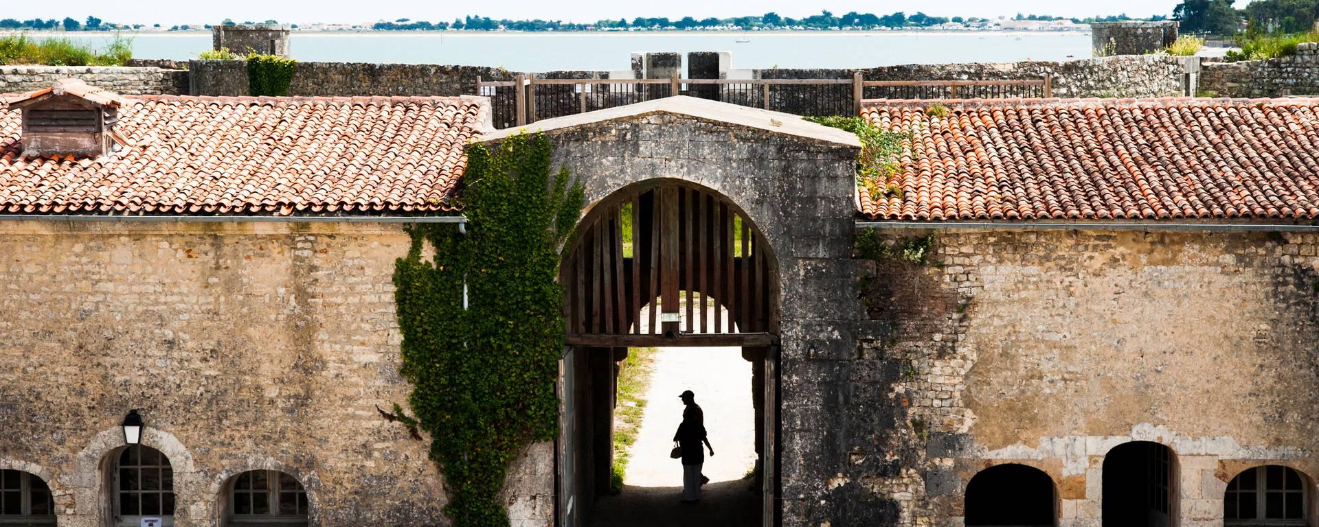 Le fort la Prée in La Flotte en Ré by Elsa Giraud