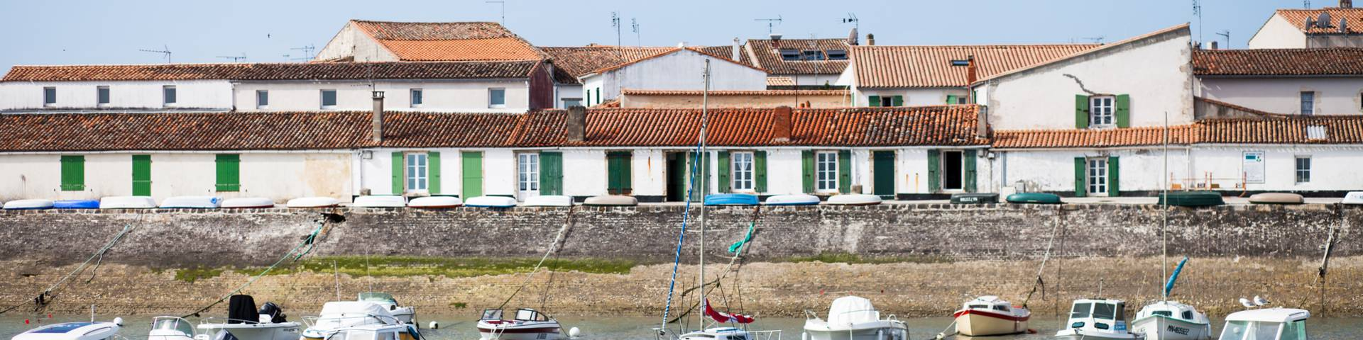 Accommodation rentals in La Flotte